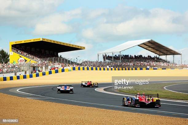 Cars head up to the Dunlop Chicane during the 77th running of the Le Mans 24 Hour race at the Circuit des 24 Heures du Mans on June 13 2009 in Le...