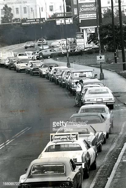 Cars line the Southeast Expressway Gas as motorists wait to fill up at Arco Gas Station, June 15, 1979.