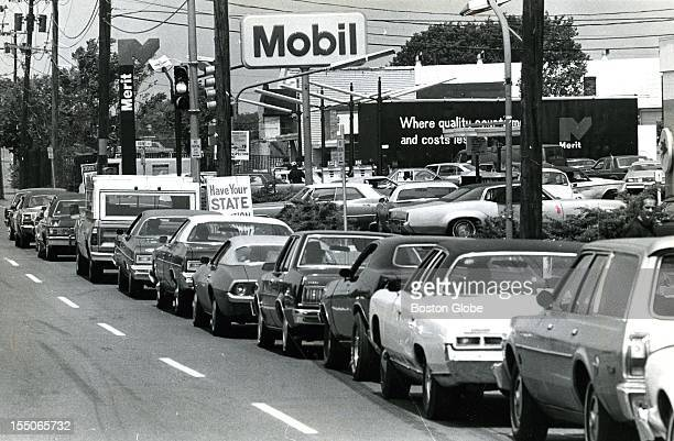 Gas Shortage 1970s Stock Photos And Pictures Getty Images