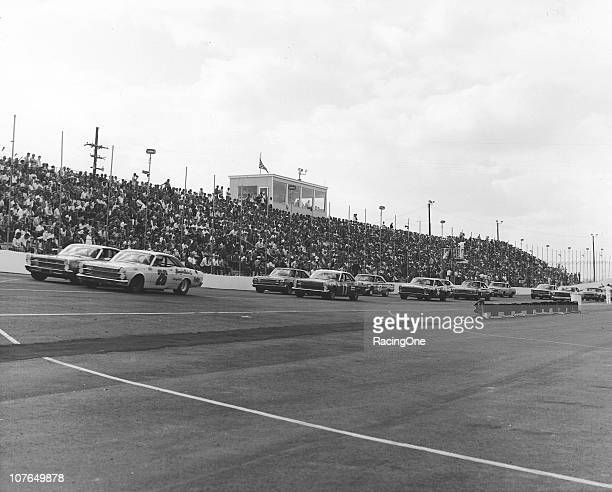 Cars line up for the first race of the 1968 NASCAR Cup season at Middle Georgia Raceway LeeRoy Yarbrough starts from the pole Bobby Allison driving...