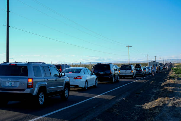 Cars lined up outside The Gorge at a Phish concert