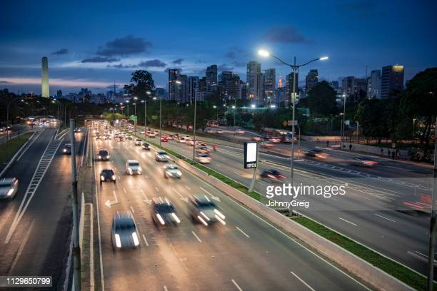 cars on highway at night sao paulo brazil - são paulo stock pictures, royalty-free photos & images