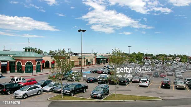 Coches que estacione en un centro comercial