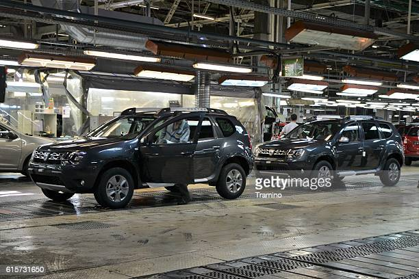 cars production line - renault stock pictures, royalty-free photos & images
