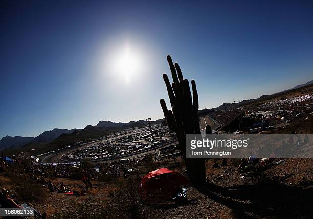 Cars race during the NASCAR Sprint Cup Series AdvoCare 500 at Phoenix International Raceway on November 11, 2012 in Avondale, Arizona.