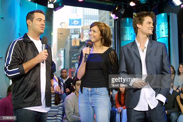 Carson Daly Mandy Moore and Shane West during MTV's TRL at the MTV studios in New York City 1/17/02 Photo by Scott Gries/ImageDirect