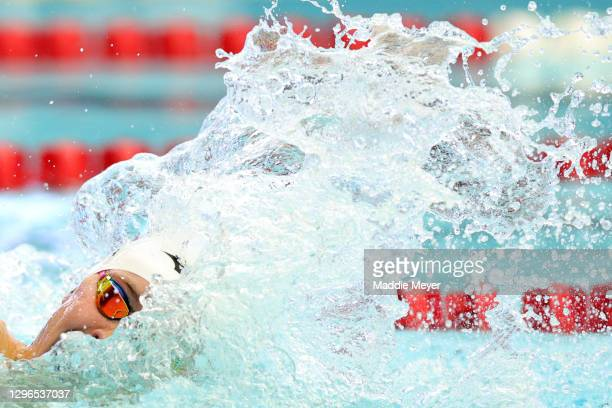 Carson Foster competes in the Men's 200 Meter Freestyle heats on Day Two of the TYR Pro Swim Series at San Antonio on January 15, 2021 in San...