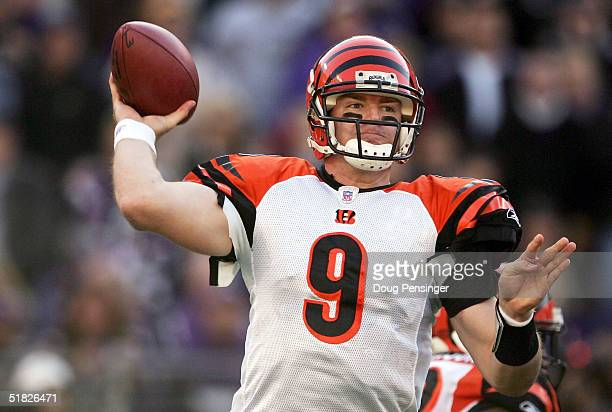 Carson Palmer of the Cincinnati Bengals looks to pass the ball during the second quarter of play against the Baltimore Ravens at M&T Bank Stadium on...