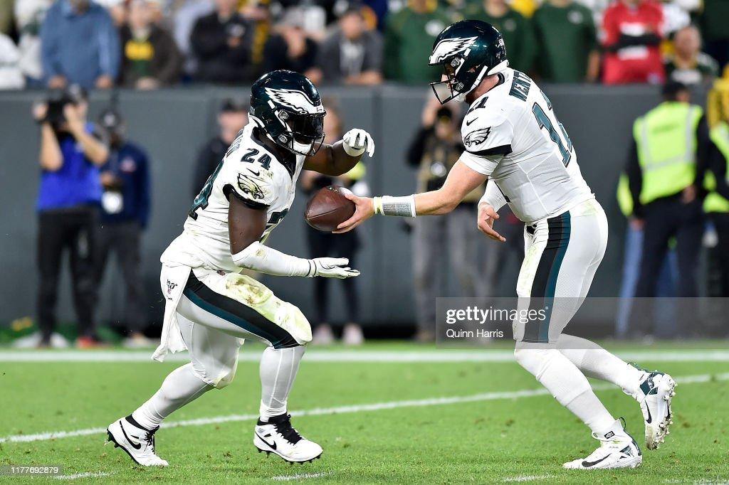 Philadelphia Eagles vGreen Bay Packers : News Photo