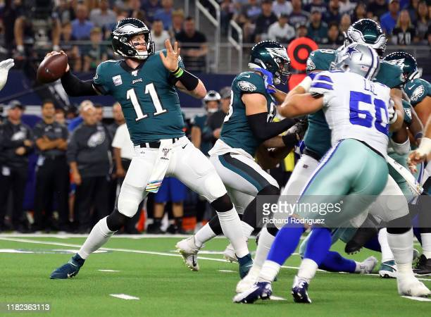 Carson Wentz of the Philadelphia Eagles passes against the Dallas Cowboys at AT&T Stadium on October 20, 2019 in Arlington, Texas.