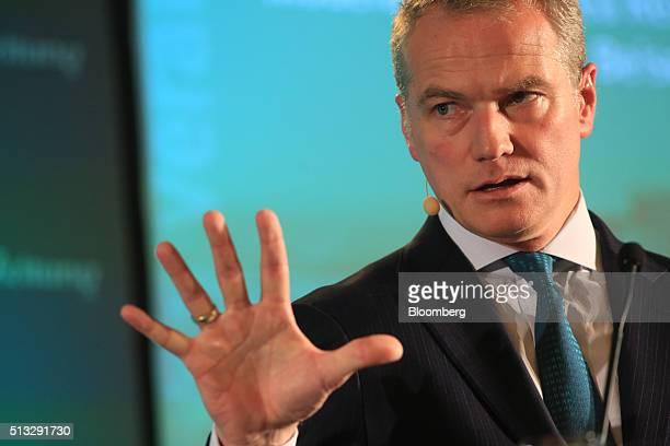 Carsten Kengeter chief executive officer of Deutsche Boerse AG gestures as he speaks during the Sueddeutsche Zeitung finance day conference in...