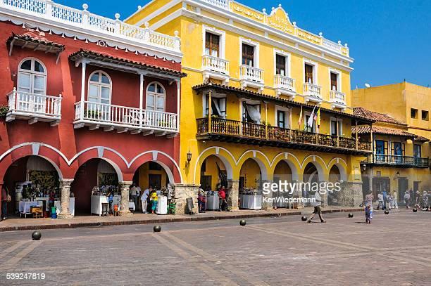 Cartagena en la acera los proveedores