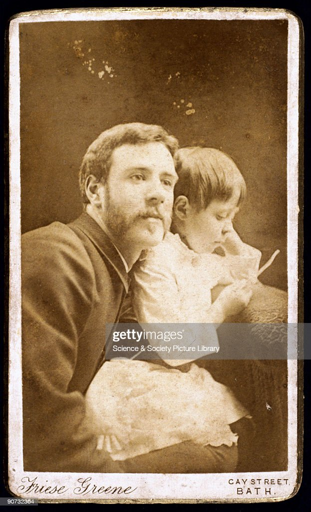 Carte De Visite Self Portrait Photograph With His Daughter Ethel Nachrichtenfoto