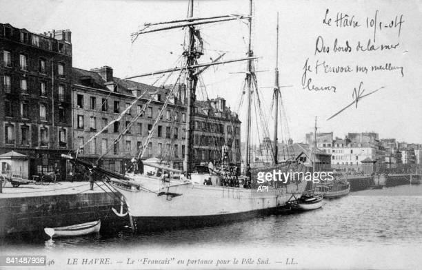 Carte postale illustrée par la photographie du bateau 'Le Français' au port du Havre