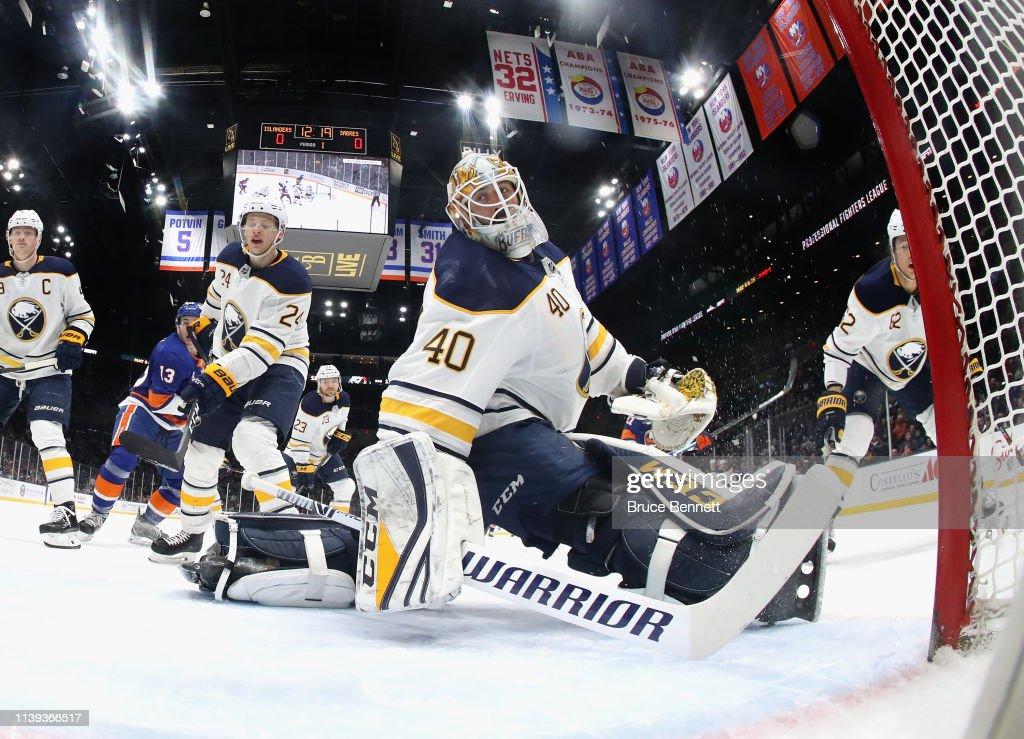 Buffalo Sabres v New York Islanders : Foto di attualità