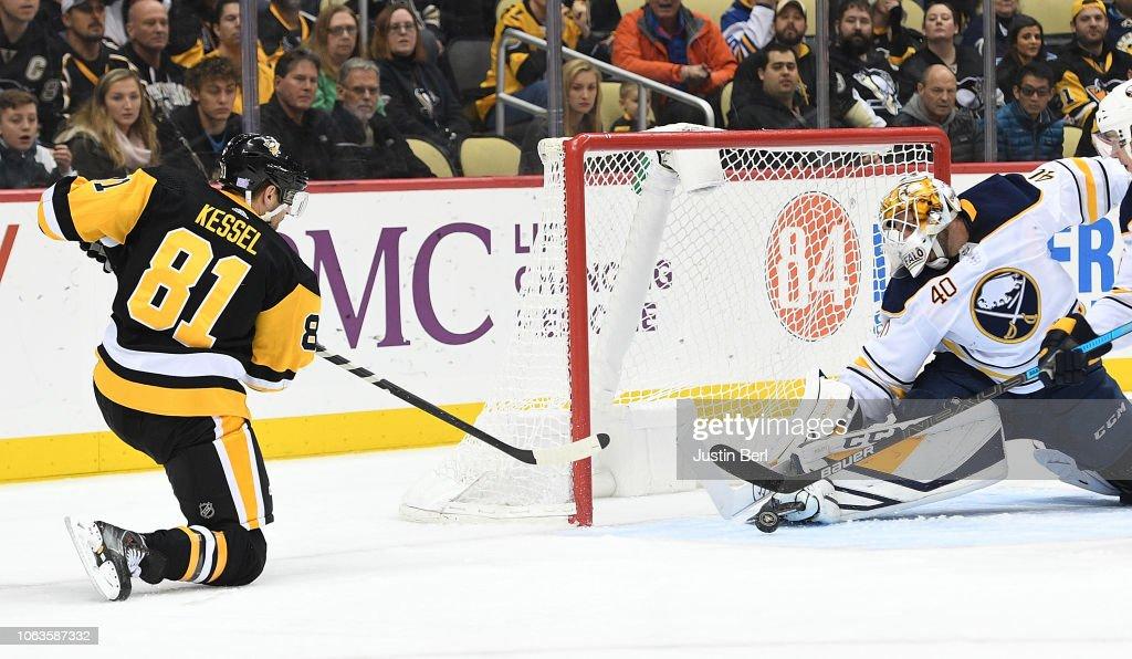 Buffalo Sabres v Pittsburgh Penguins : News Photo