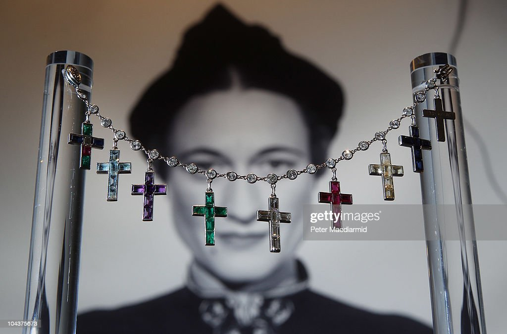 Jewels Formerly Owned By The Duchess Of Windsor To Be Auctioned At Sothebys : Nieuwsfoto's