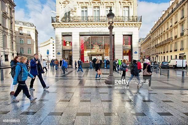 cartier store on champs-elysees, paris - avenue des champs elysees stock pictures, royalty-free photos & images