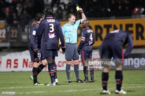 Carton jaune Claude MAKELELE / Olivier THUAL Nancy / Paris 24e journee Ligue 1 Stade Marcel Picot
