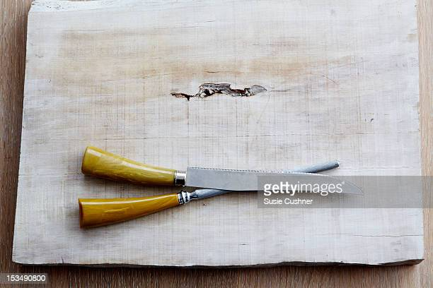 carving set with amber handles