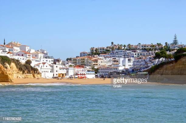 carvoeiro beach portimão portugal - ポルティマン ストックフォトと画像