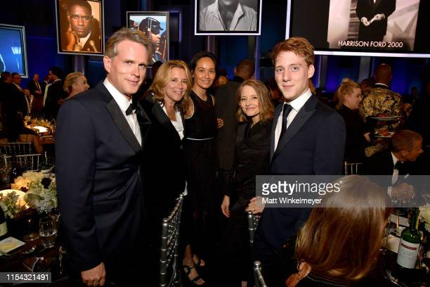 Cary Elwes Lisa Marie Kubikoff Jodie Foster Charles Bernard Foster and guest attend the 47th AFI Life Achievement Award honoring Denzel Washington at...