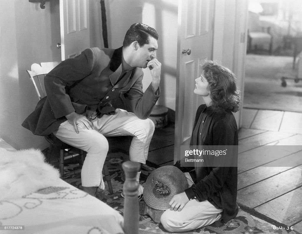 Cary Grant and Katharine Hepburn in Bringing Up Baby : Nachrichtenfoto