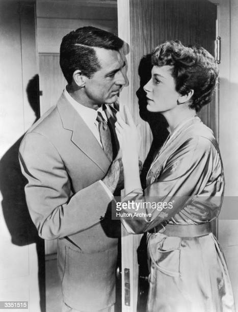 Cary Grant as Nicky Ferrante and Deborah Kerr as Terry McKay in the film 'An Affair to Remember' directed by Leo McCarey and produced by 20th Century...