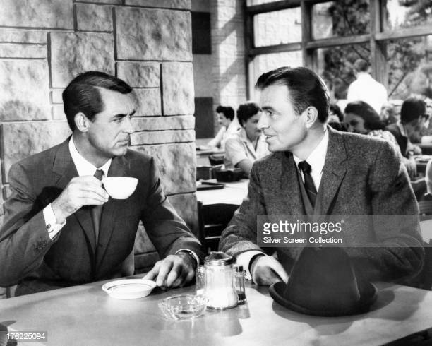 Cary Grant as Roger O Thornhill and James Mason as Phillip Vandamm in 'North By Northwest' directed by Alfred Hitchcock 1959