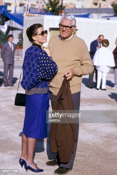 Cary Grant et sa femme Barbara Harris à Monte carlo en 1984