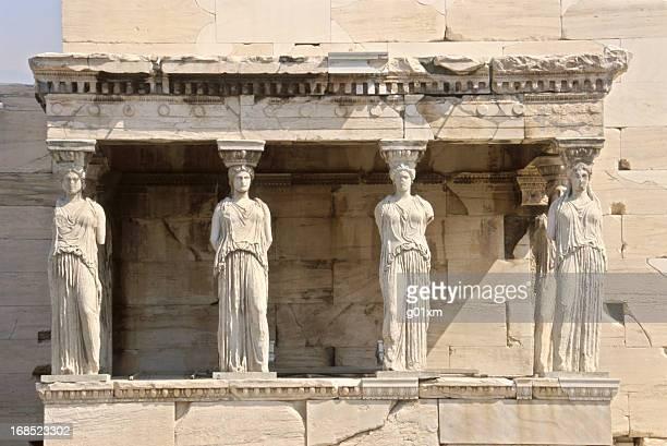 cariátide da acrópole, em atenas - coluna arquitetônica - fotografias e filmes do acervo