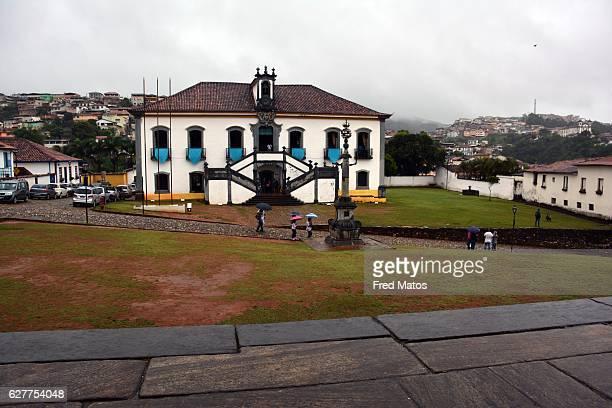 casa da câmara e cadeira de mariana, minas gerais, brazil - cadeira stock photos and pictures