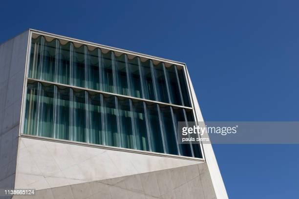 casa da musica (concert hall) - casa stockfoto's en -beelden