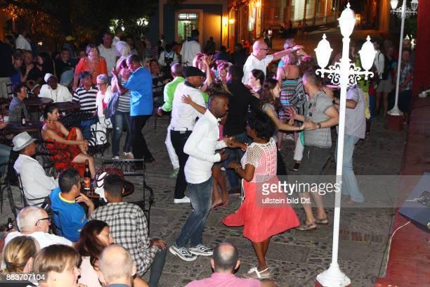 Casa de la Música Trinidad ist eine Stadt in der Provinz Sancti Spíritus / Hotel Club Amigo Costa Sur Kuba Cuba Urlaub Republica de Cuba Republik...