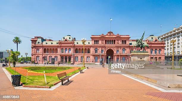 casa rosada na plaza de mayo, em buenos aires, argentina - buenos aires - fotografias e filmes do acervo