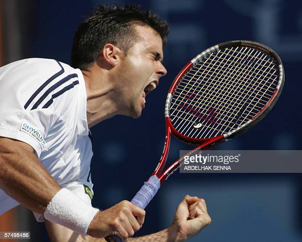 Italian Daniele Bracciali reacts after beating Chile's Nicolas Massu in the final of the Casablanca claycourt tornament 30 April 2006 in Casanblanca...