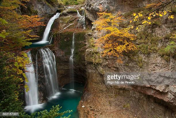cascadas de la cueva - billabong water stock photos and pictures