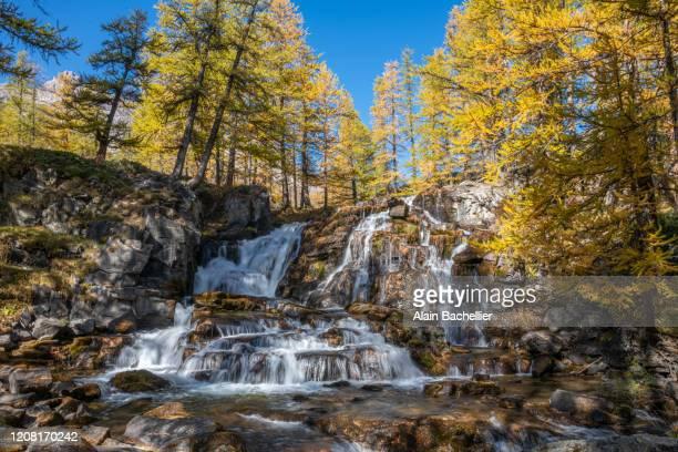 cascade - alain bachellier photos et images de collection