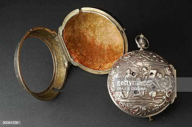 Case and outeroutercasing of an embossed silver carriage clock made by Joseph Spiegel and signed by Miroir London First half 18th century