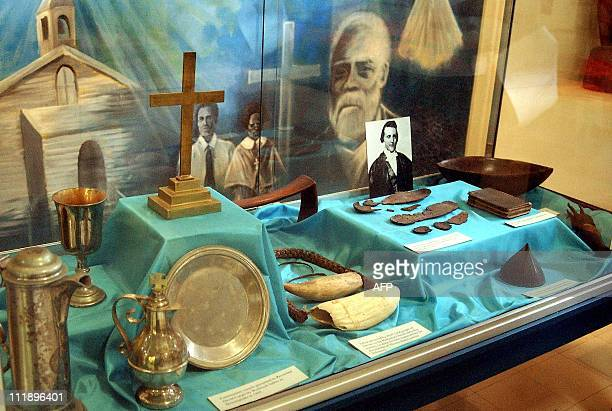 A case at the Fiji Museum in Suva 08 November 2003 displays all that remains of the Reverend Thomas Baker after he was killed along with eight other...