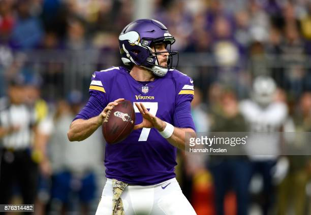 Case Keenum of the Minnesota Vikings drops back to pass the ball in the first quarter of the game against the Los Angeles Rams on November 19 2017 at...