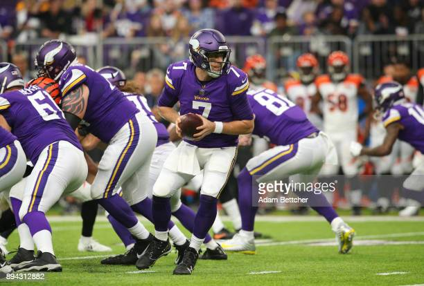 Case Keenum of the Minnesota Vikings drops back with the ball in the first half of the game against the Cincinnati Bengals on December 17 2017 at US...