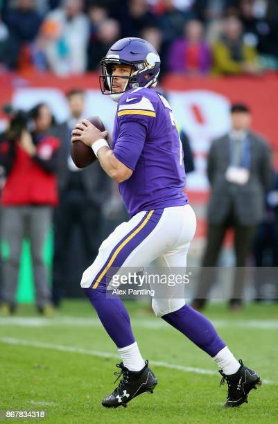 Case Keenum of the Minnesota Vikings in action during the NFL International Series match between Minnesota Vikings and Cleveland Browns at Twickenham...
