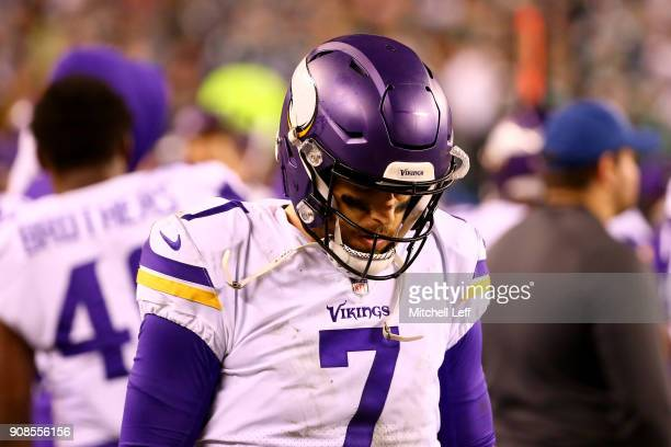 Case Keenum of the Minnesota Vikings looks on against the Philadelphia Eagles during the fourth quarter in the NFC Championship game at Lincoln...