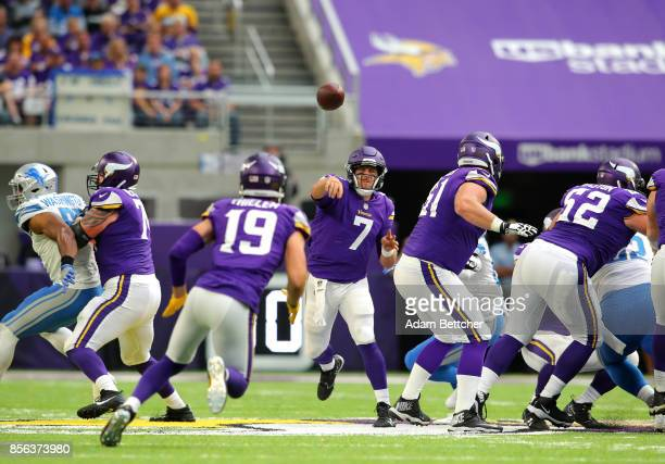 Case Keenum of the Minnesota Vikings throws the ball in the second half of the game against the Detroit Lions on October 1 2017 at US Bank Stadium in...