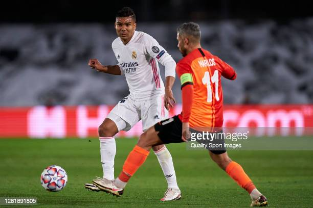Casemiro of Real Madrid battle for the ball with Marlos of Shakhtar Donetsk during the UEFA Champions League Group B stage match between Real Madrid...