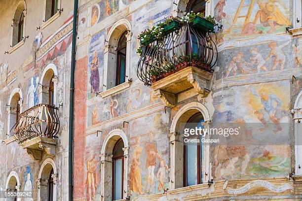 case-rella cazuffi, trento, italia - trento foto e immagini stock