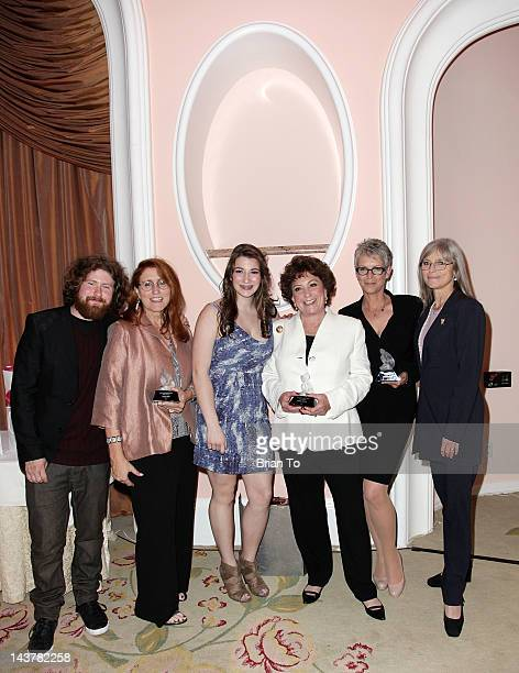 Casey Abrams Pamela Piece Kelly Herman Barbara Herman Jamie Lee Curtis and Kelly Lee Curtis attend the 5th annual Women of Distinction luncheon at...