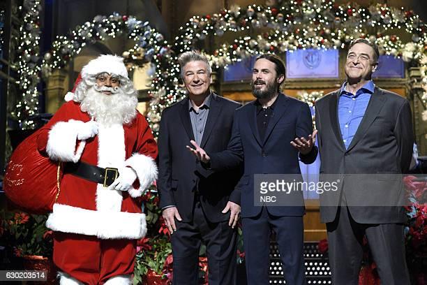 LIVE Casey Affleck Episode 1714 Pictured Kenan Thompson as Black Santa Claus Alec Baldwin host Casey Affleck and John Goodman during the monologue on...