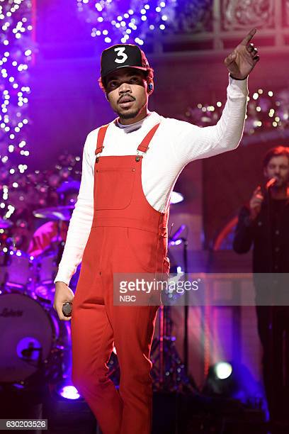 LIVE 'Casey Affleck' Episode 1714 Pictured Musical guest Chance The Rapper performs on December 17 2016